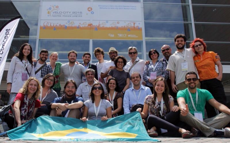 Time Brasileiro no Velo-City 2015 em Nantes - França - Foto Renata Falzoni