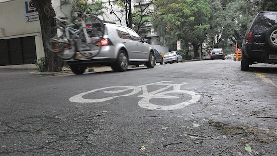Sinalização horizontal para bicicleta em São Paulo
