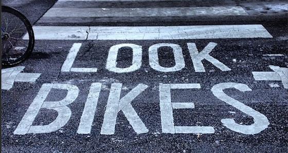 look-bikes-sign