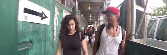10 horas caminhando em Nova Iorque sendo mulher (reprodução do vídeo)